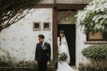 Modern & Hip Bali Wedding Featuring Sparklers & Flower Crowns | Iluminen Photography 12