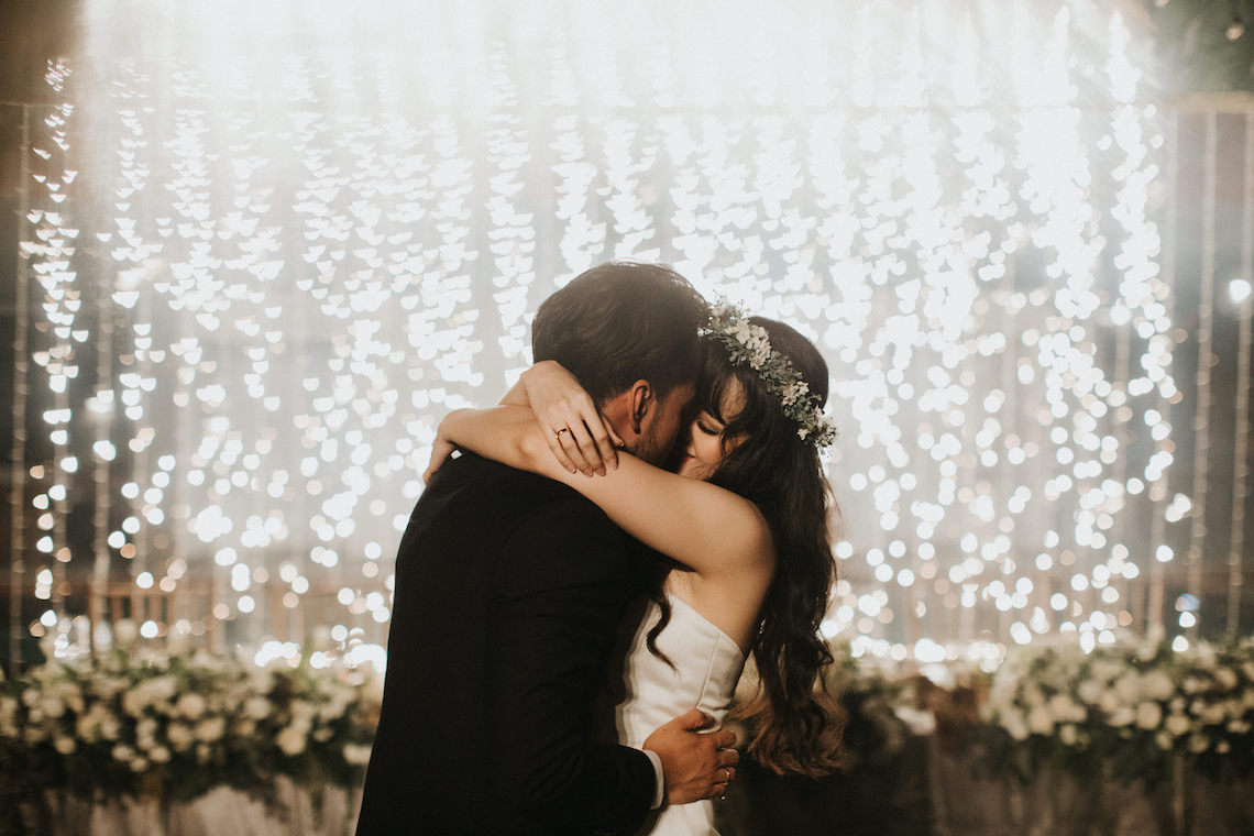 Modern & Hip Bali Wedding Featuring Sparklers & Flower Crowns | Iluminen Photography 27