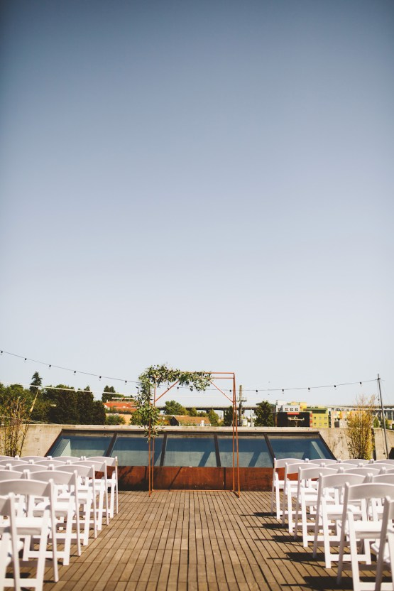 Tropical Urban Rooftop Wedding In Seattle   The Shalom Imaginative 31