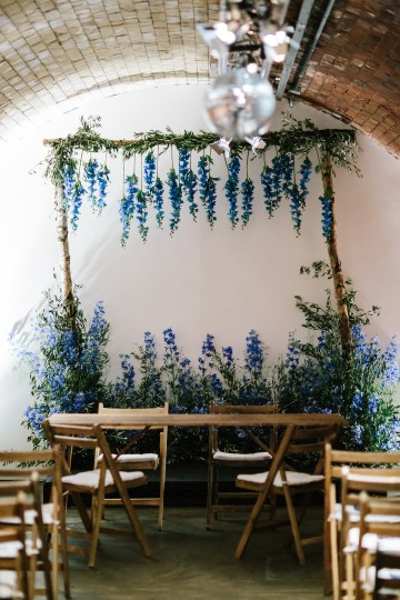 Underground Gallery Wedding In London With Cool, Flashy Signage   Studio 1208 Photography 22