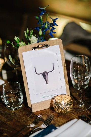 Underground Gallery Wedding In London With Cool, Flashy Signage   Studio 1208 Photography 32