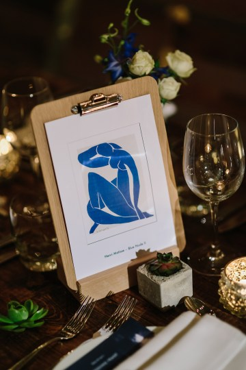 Underground Gallery Wedding In London With Cool, Flashy Signage   Studio 1208 Photography 33