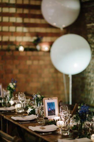 Underground Gallery Wedding In London With Cool, Flashy Signage   Studio 1208 Photography 36