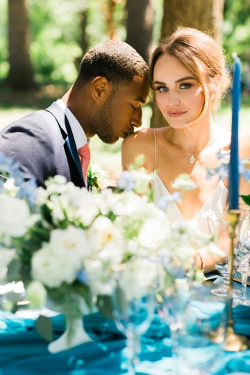 Vibrant Ocean Blue Watercolor Wedding Inspiration | Lola Event Productions | Artistrie Co. 10
