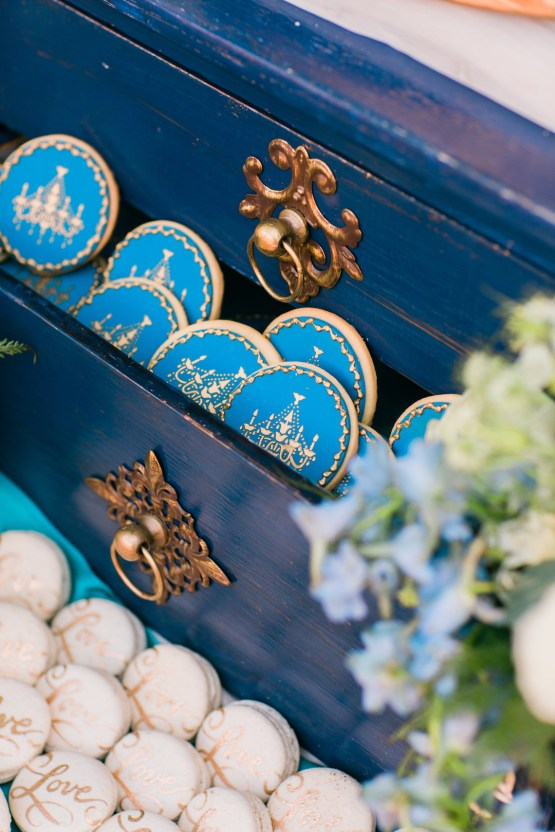 Vibrant Ocean Blue Watercolor Wedding Inspiration | Lola Event Productions | Artistrie Co. 33
