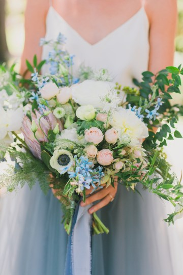 Vibrant Ocean Blue Watercolor Wedding Inspiration | Lola Event Productions | Artistrie Co. 7