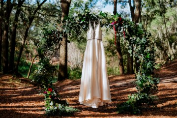 Woodsy Jewel-Toned Wedding Ideas (With A Circle Arch!) | Grind & Press Photography 1