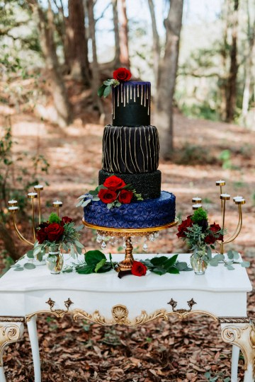 Woodsy Jewel-Toned Wedding Ideas (With A Circle Arch!) | Grind & Press Photography 14