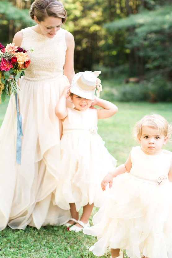 Colorful Vermont Lodge Wedding (With Sparkler Magic!) | Molly Lichten Photography 23