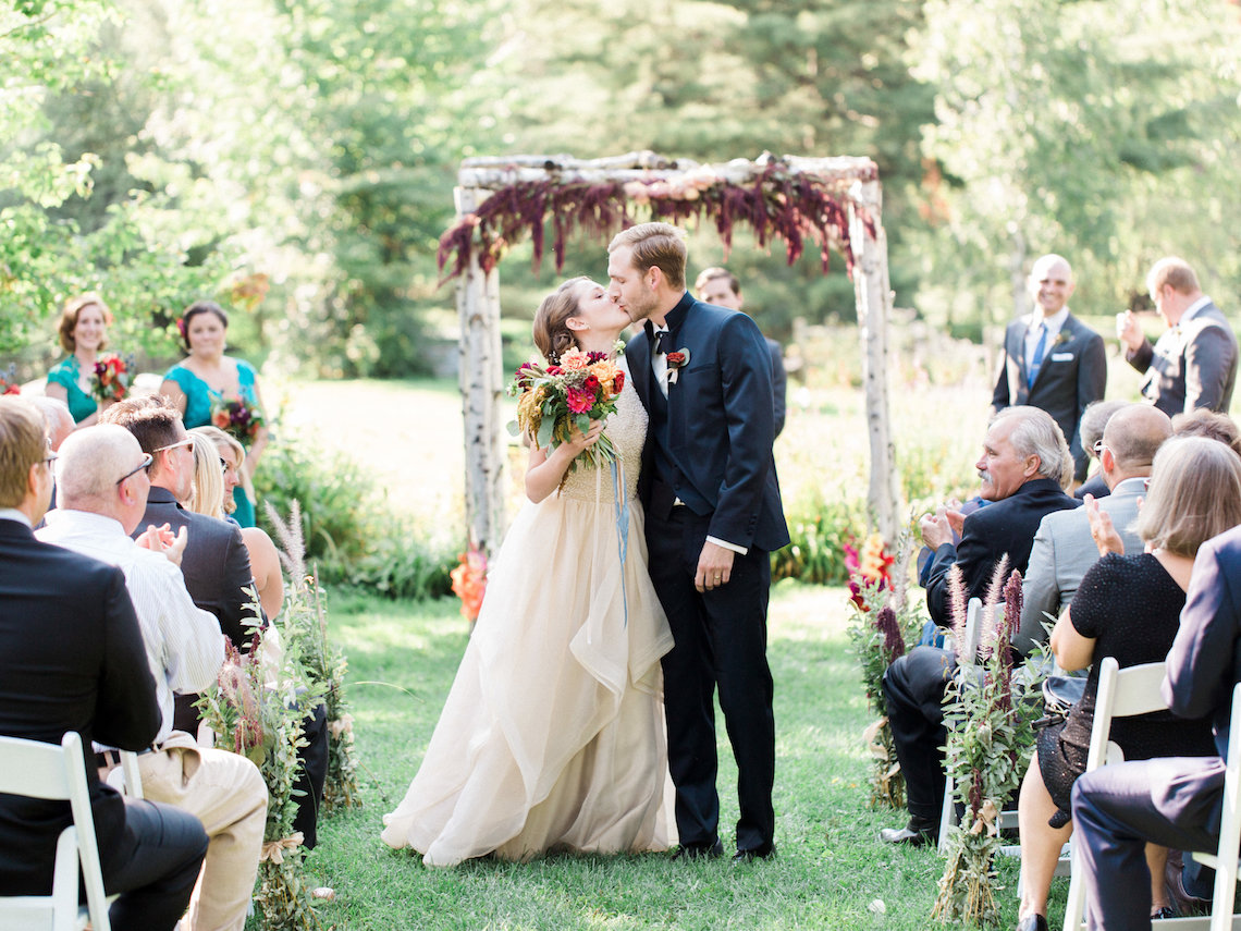 Colorful Vermont Lodge Wedding (With Sparkler Magic!) | Molly Lichten Photography 48