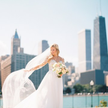 Gorgeous Chicago Ivy Room Wedding   Kristin La Voie Photography 38