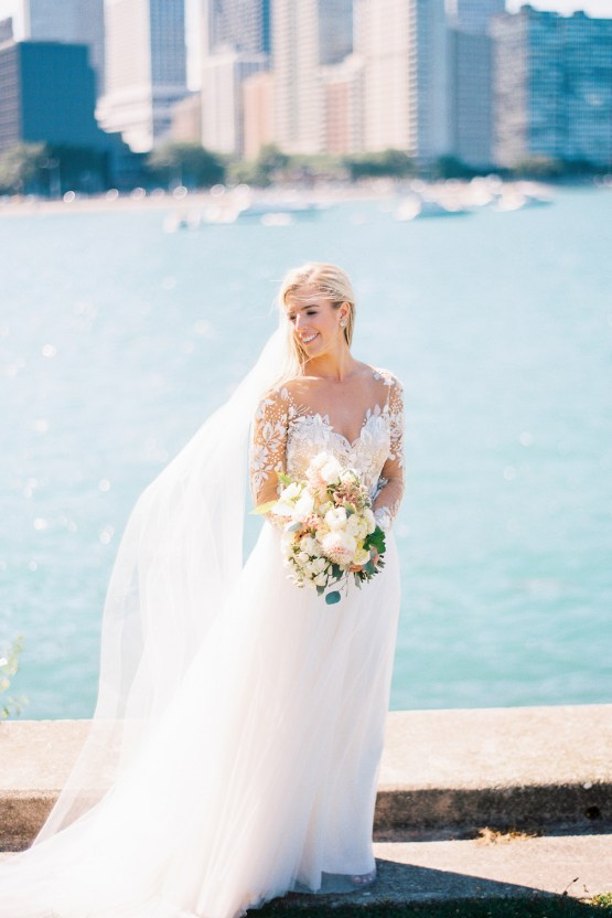 Gorgeous Chicago Ivy Room Wedding   Kristin La Voie Photography 42