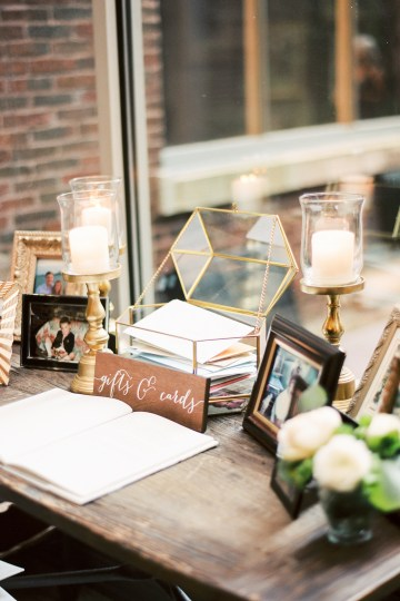 Gorgeous Chicago Ivy Room Wedding | Kristin La Voie Photography 65