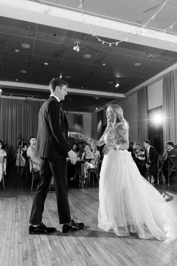 Gorgeous Chicago Ivy Room Wedding | Kristin La Voie Photography 78
