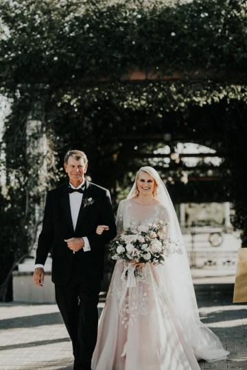 Lavish & Luxe California Winery Wedding | Amy Lynn Photography | Lyons Events 35