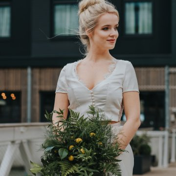 Modern Industrial London Wedding Inspiration With Succulents   Remain in the Light Photography 21