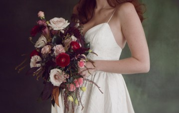 Rose Gold; Romantic Wedding Ideas With Stunning Headpieces | Flavelle & Co 19