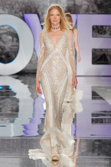 The Sexy & Embellished New Yolan Cris Wedding Dress Collections | COLIMA (2)