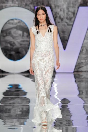 The Sexy & Embellished New Yolan Cris Wedding Dress Collections   KIROVA (3)