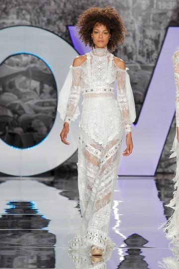 The Sexy & Embellished New Yolan Cris Wedding Dress Collections | MALADETA (1)
