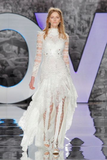 The Sexy & Embellished New Yolan Cris Wedding Dress Collections   POBEDA BLOUSE AND DRESS
