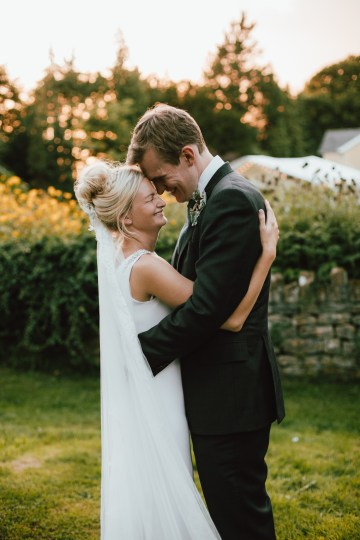 Totally Chic English Wedding With A Sweet Boat Ride   Oak & Blossom 12