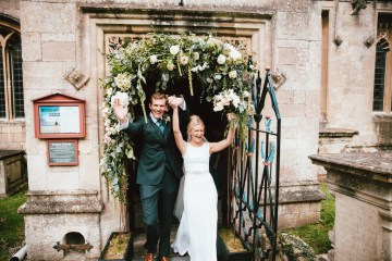Totally Chic English Wedding With A Sweet Boat Ride   Oak & Blossom 23