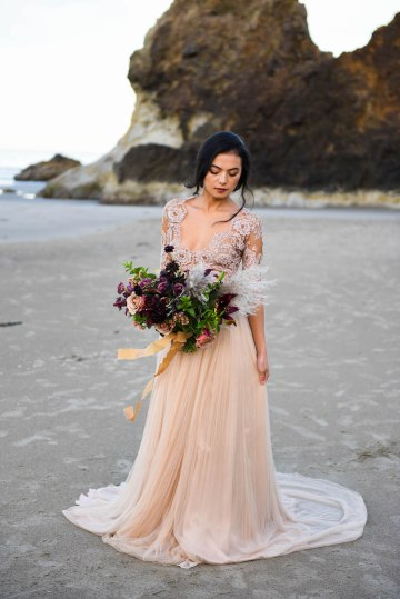 Ethereal Pacific Northwest Beachy Wedding Inspiration   Jessica Lynn Photography 12