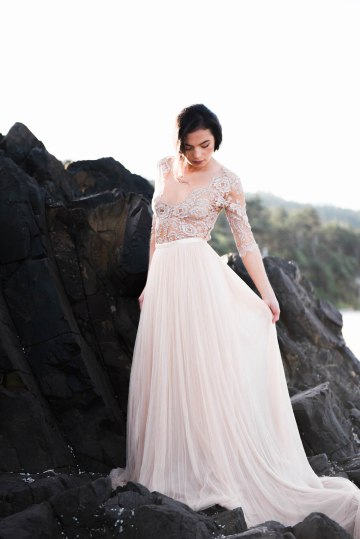 Ethereal Pacific Northwest Beachy Wedding Inspiration   Jessica Lynn Photography 30