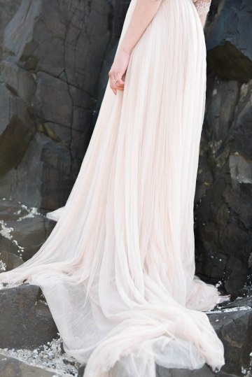Ethereal Pacific Northwest Beachy Wedding Inspiration   Jessica Lynn Photography 32