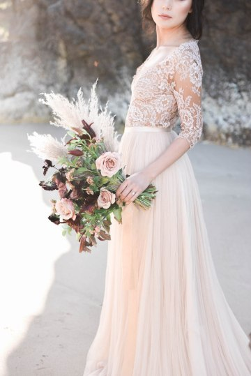 Ethereal Pacific Northwest Beachy Wedding Inspiration   Jessica Lynn Photography 42