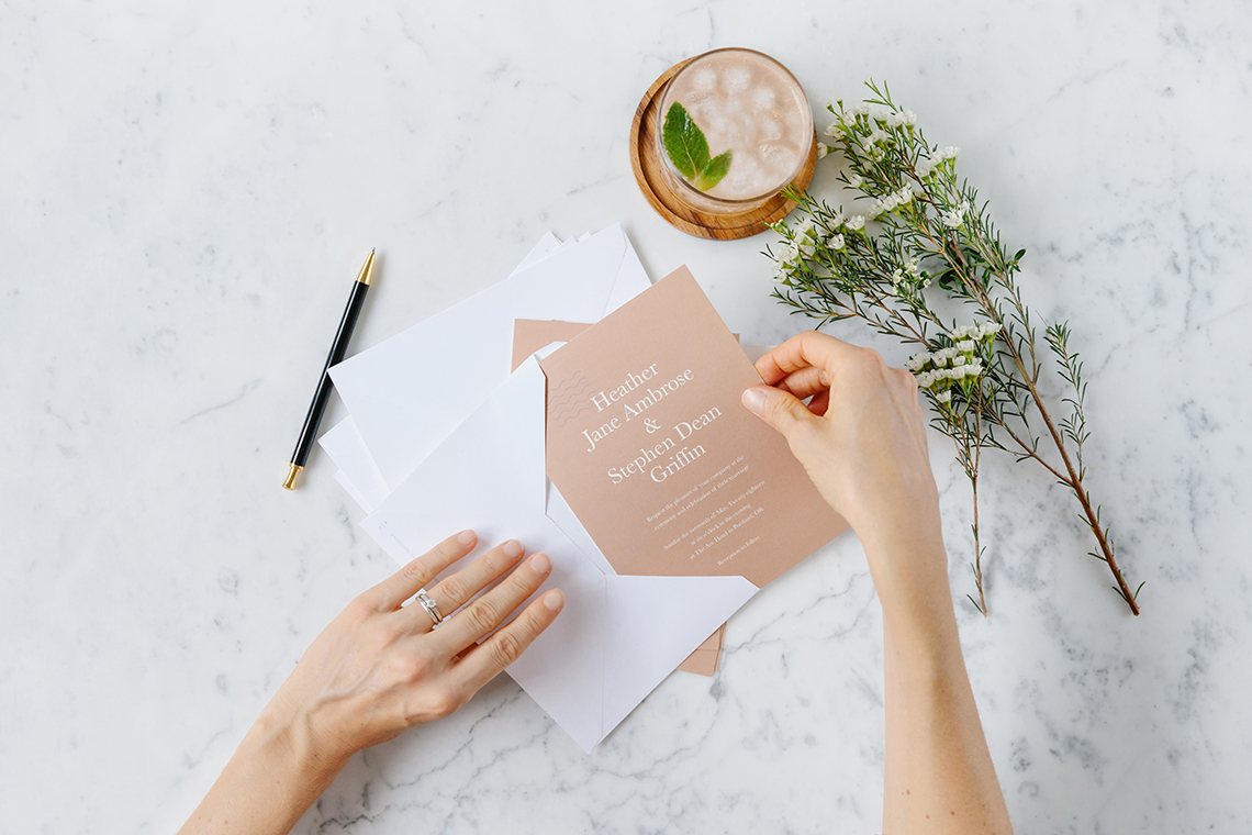 When to send your wedding invitations? The Artifact Uprising DIY guide