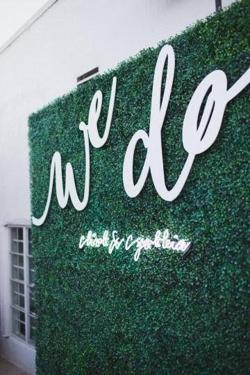Modern Hip Taco Wedding In A Funky Gallery Venue | Claire Eliza 32