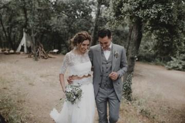 Rustic Barcelona Wedding Featuring Chic Bridal Separates | Visual Foto 14