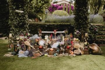 Rustic Barcelona Wedding Featuring Chic Bridal Separates | Visual Foto 7