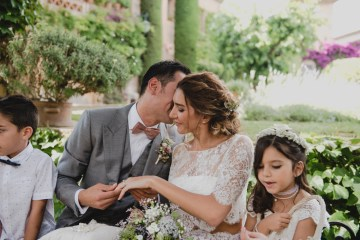 Rustic Barcelona Wedding Featuring Chic Bridal Separates | Visual Foto 9