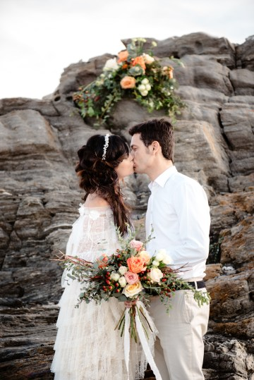 Shipwrecked; Seaside Elopement Inspiration From Sardinia | Valeria Mameli 15