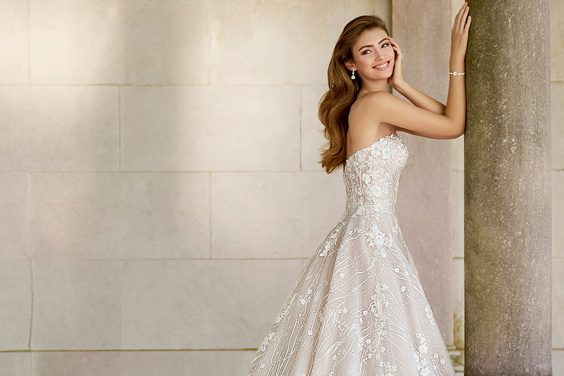 The Best Wedding Dresses For Your Zodiac Sign From Mon Cheri Bridals Martin Thornburg 2