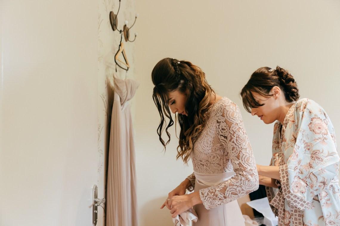 Charming & Personal Clock Barn Wedding | Amber Marie Photography 4
