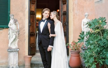 Glamorous & Regal Palace Wedding Inspiration