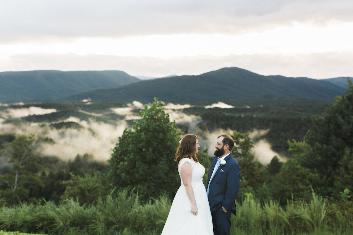Rustic Carolina Mountain Lodge Wedding | Common Dove Photography 39