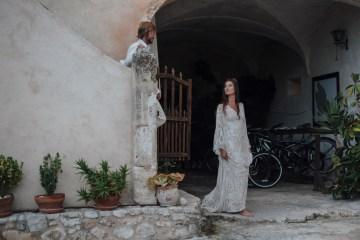 Wild, Spanish Wedding Inspiration For Bohemian Brides | IDO Events | Kevin Klein 12