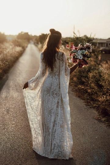 Wild, Spanish Wedding Inspiration For Bohemian Brides | IDO Events | Kevin Klein 18