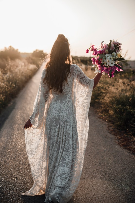 Wild, Spanish Wedding Inspiration For Bohemian Brides | IDO Events | Kevin Klein 34