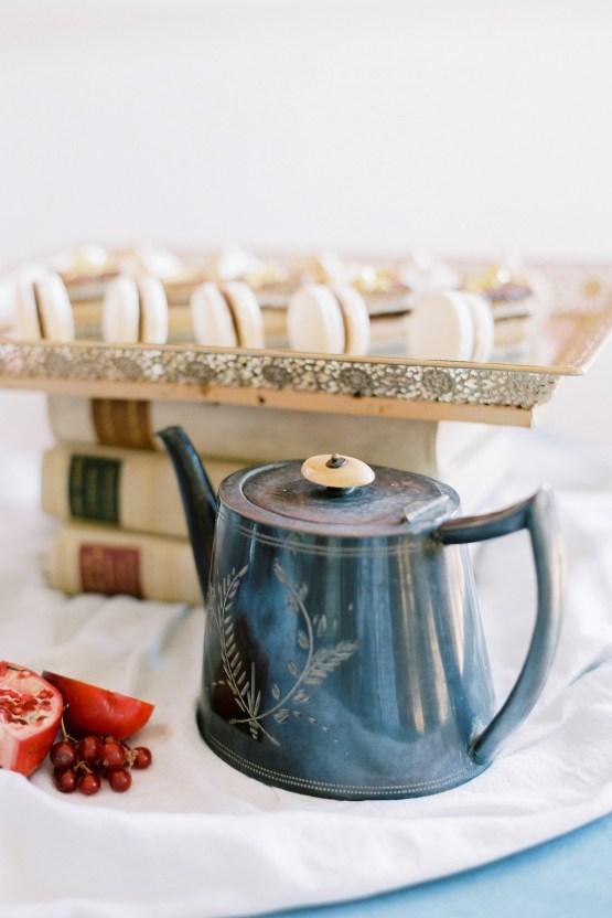 Citrus & Peach Chateau Wedding Inspiration | Lucy Davenport 10