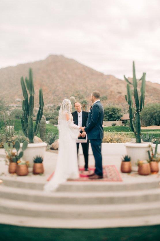 Midcentury Modern Desert Wedding Made Of Boho Dreams   Vienna Glenn 13