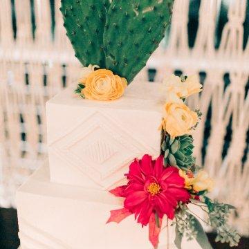Midcentury Modern Desert Wedding Made Of Boho Dreams   Vienna Glenn 31