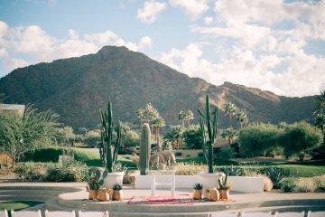 Midcentury Modern Desert Wedding Made Of Boho Dreams | Vienna Glenn 43