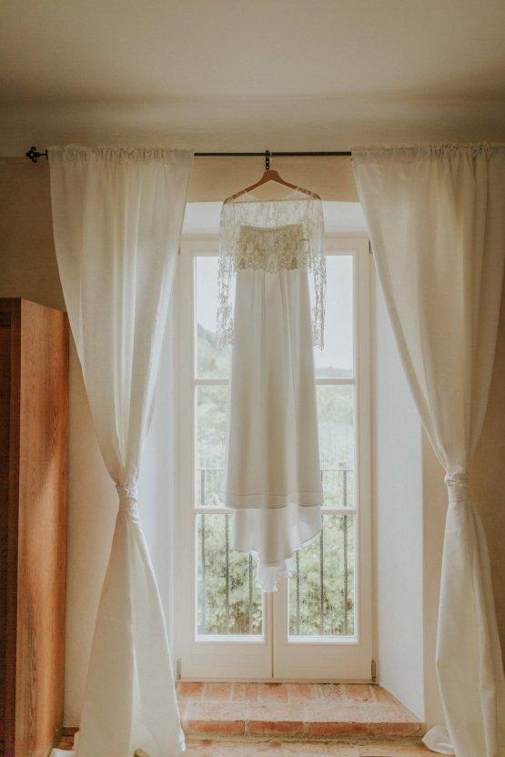 Monstera Leaves & Artichokes; A Hip Slovenian Wedding | Karen Willis Holmes Bridal | Aljosa Videtic 14
