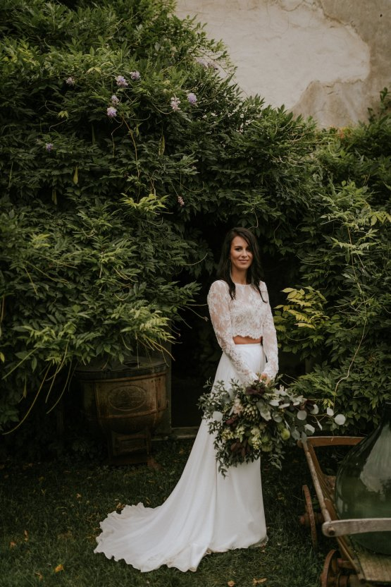 Monstera Leaves & Artichokes; A Hip Slovenian Wedding | Karen Willis Holmes Bridal | Aljosa Videtic 26